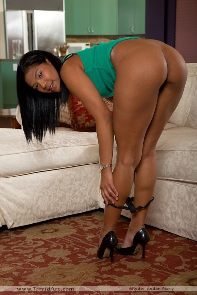 Emy Reyes Bending Over